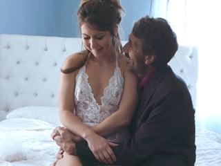 Nerveux Soon-to-be Wife Fucks Stepdaddy - Steve Holmes, Paige Owens