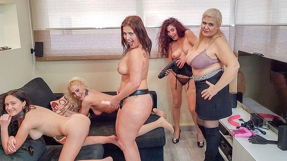 Mature orgy porn