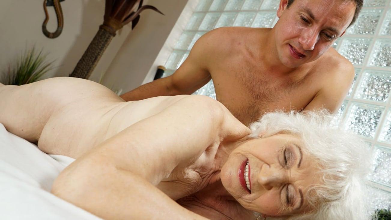 Mature asian massage porn